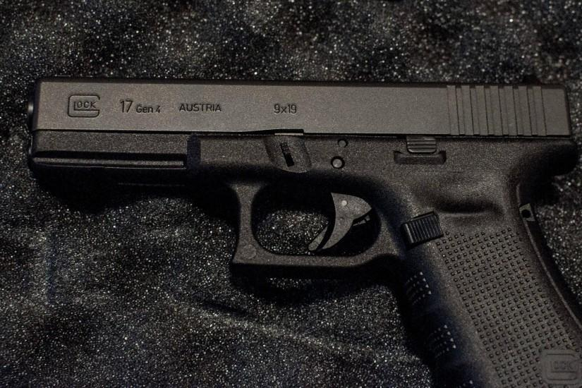 Glock 17 Gen 4 Wallpaper For Laptop
