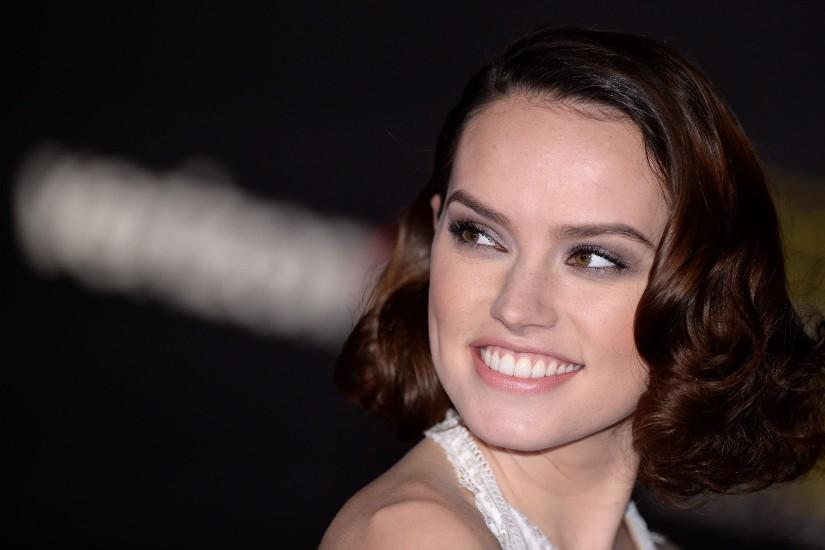 Beautiful Smile Daisy Ridley. Beautiful Smile Daisy Ridley Wallpaper