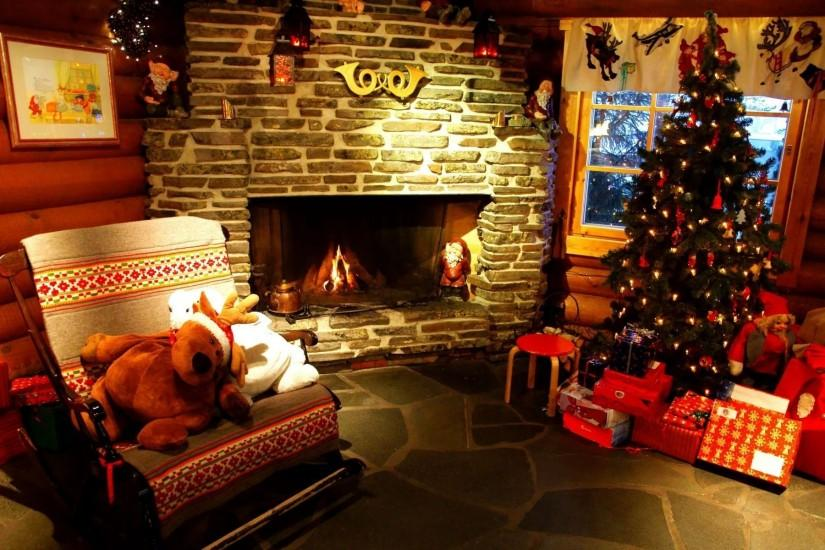 Christmas Tree And Fireplace Wallpapers | Modern Design