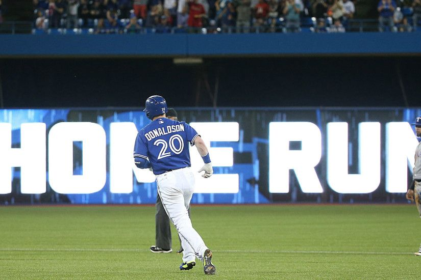 Blue Jays home run montage set to Johnny Cash is awesome and intimidating |  MLB | Sporting News