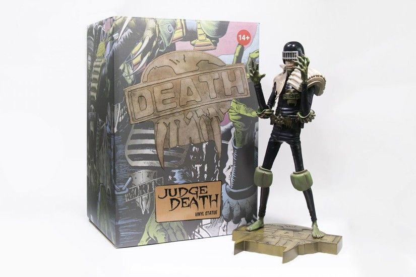 PLUS THERE IS FREE SHIPPING ON ALL JUDGE DEATH & JUDGE DREDD ORDERS UNTIL  JANUARY 1st 2018!