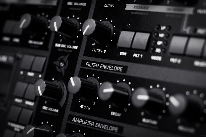 mixer-1.jpg (2169×1355) | Studio ideas | Pinterest | Music production,  Benny benassi and Nicky romero
