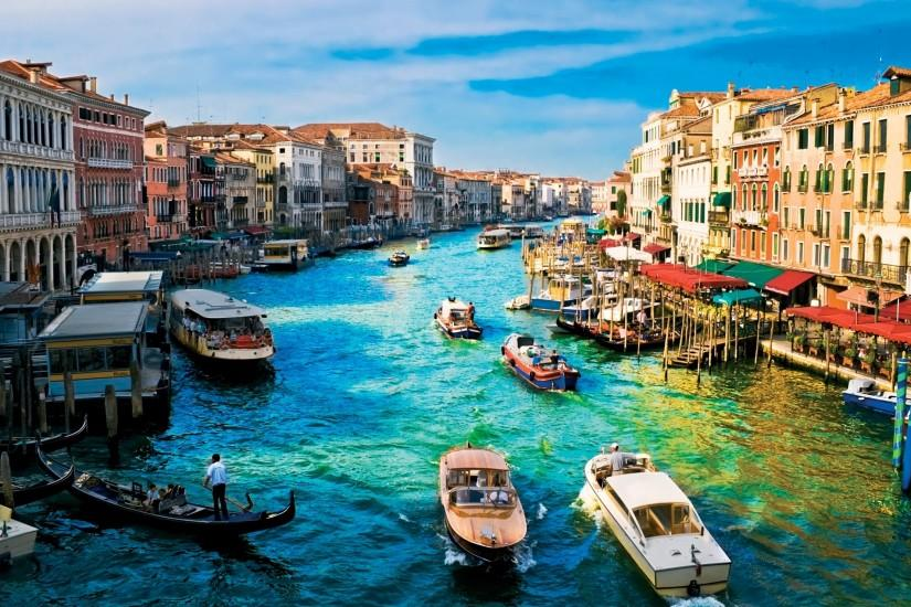 Preview wallpaper italy, venice, river, house, dock 3840x2160