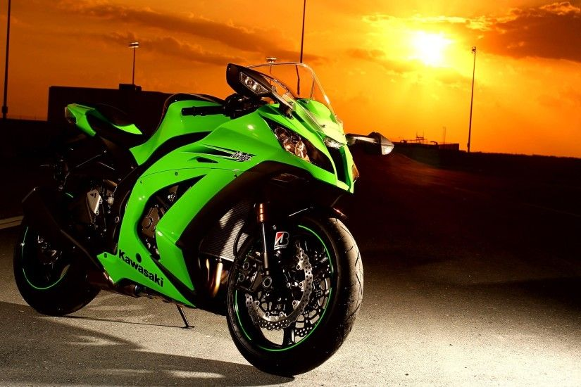 Kawasaki Ninja 300 HD Wallpapers (6)