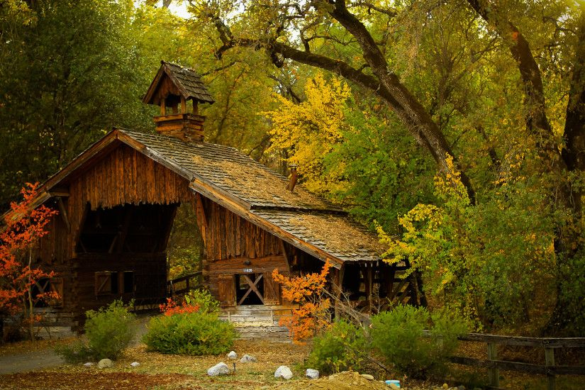 Old Cabin Forest Fall Scenery Wallpaper