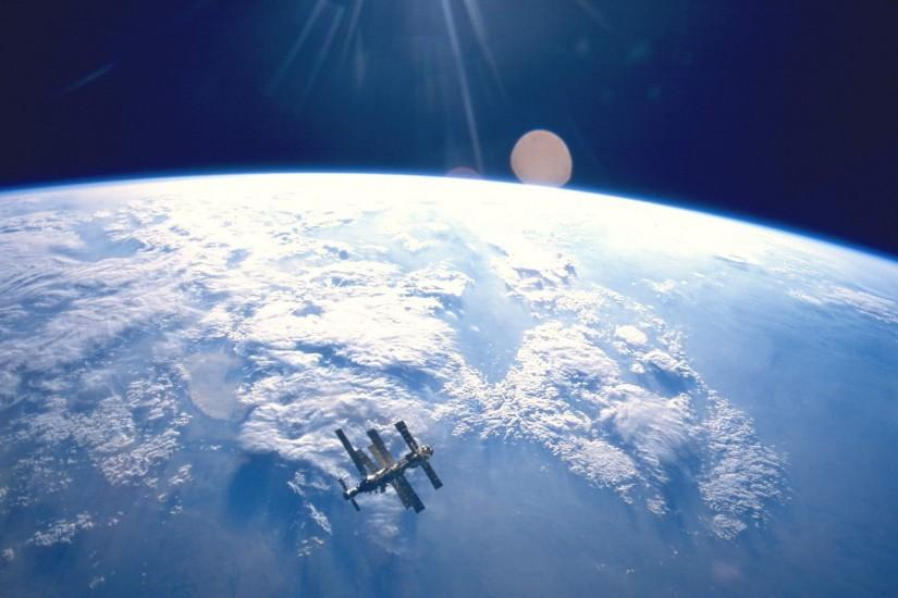 Clouds Earth International Space Station Lens Flare NASA Orbit Outer Solar  System Wallpaper