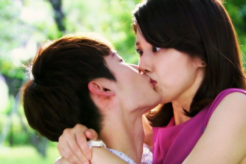Romantic boy kiss to pretty girl shocked | HD Wallpapers Rocks .