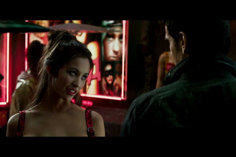 Kaitlyn Leeb as a prostitute with 3 boobs in Total Recall