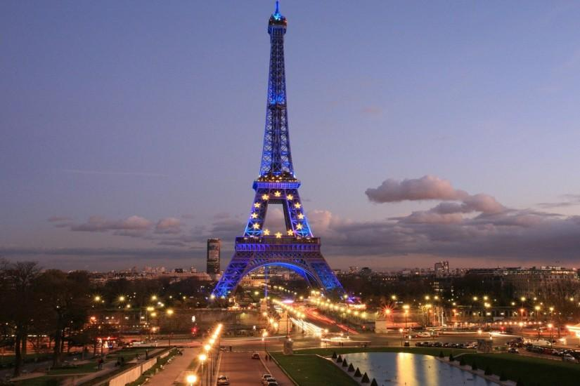 Eiffel Tower And Road Lights Wallpaper