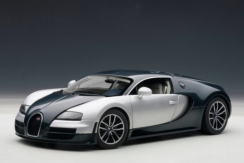 Bugatti Veyron 2016 Race Car Wallpaper