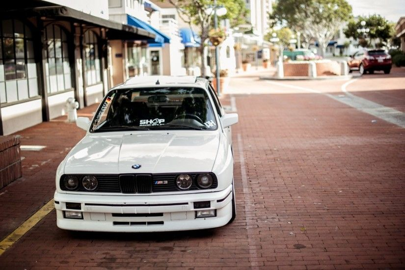 bmw 3 series m3 e30 white macro
