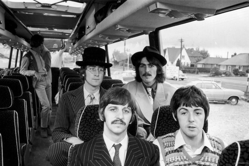 The Beatles In A Bus for 1920x1080