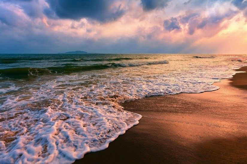 Beautiful Sunset Beaches Background.