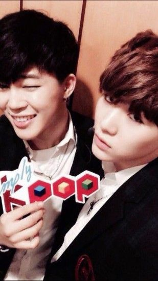 bts 6th photo is not a selca but they're so cute soo 💁 yoonmin