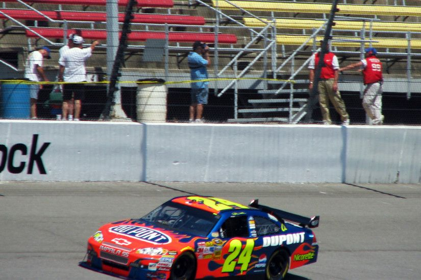 File:Jeff Gordon Michigan 2008.jpg