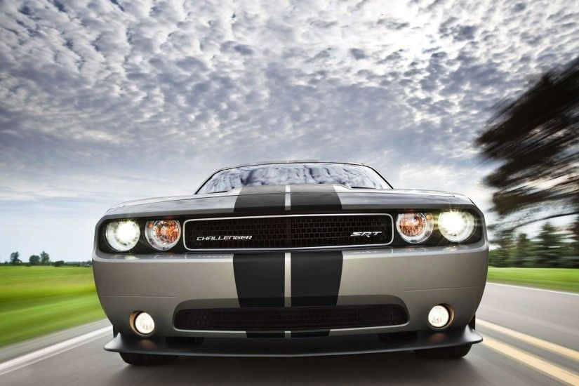 COOL DODGE CHALLENGER SRT8 MOTION HD WALLPAPER