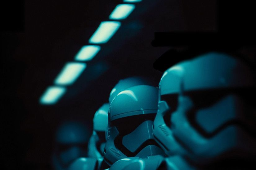 2048x1432 star-wars-the-force-awakens-stormtrooper-wallpaper