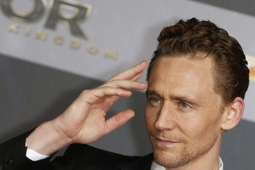 tom-hiddleston-wallpapers-14