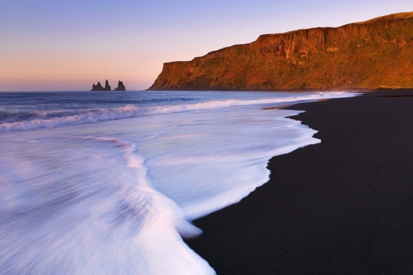 Iceland Beach Wallpaper