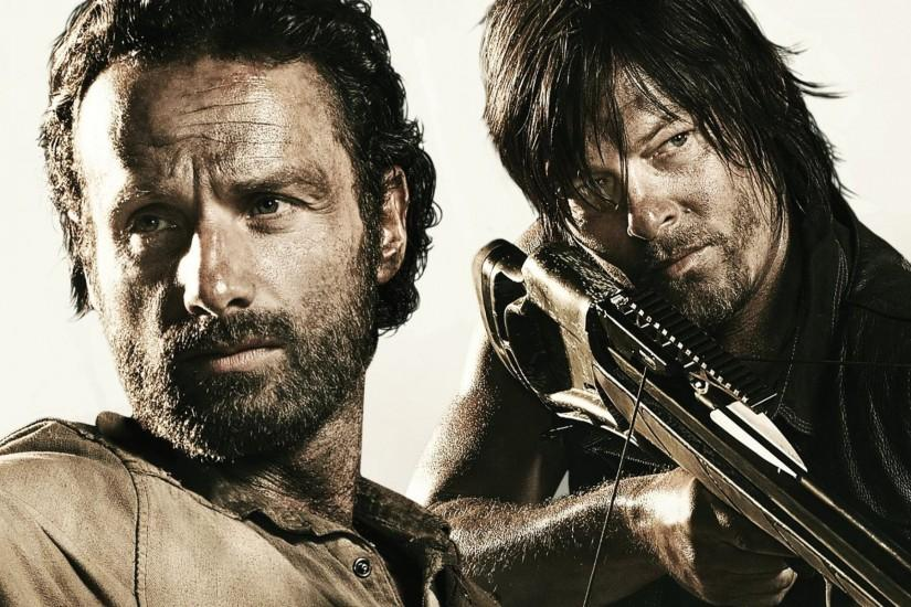 the walking dead the walking dead andrew lincoln rick grimes norman reedus daryl  dixon crossbow