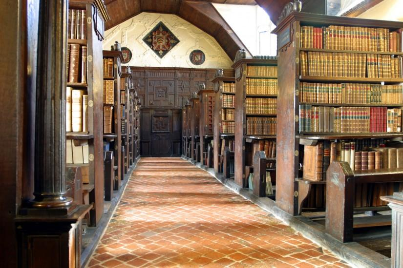 http://upload.wikimedia.org/wikipedia/commons/f/fa/Merton_College_library_hall.jpg  -search college library