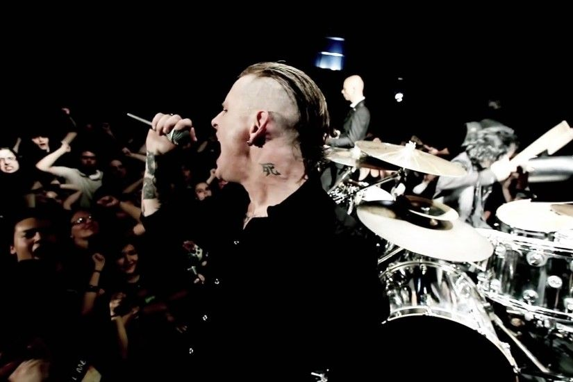 Corey Taylor thinks you should check out Stone Sour on their headlining  tour, this fall. The 19-date tour kicks off in late September and spans  almost ...