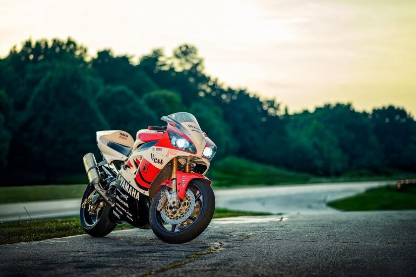 Yamaha Bike Wallpaper : Get Free top quality Yamaha Bike Wallpaper for your desktop  PC background