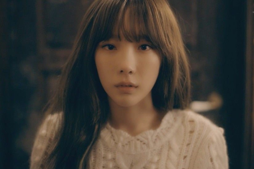 "Girls' Generation's Taeyeon Releases MV For ""11:11"""