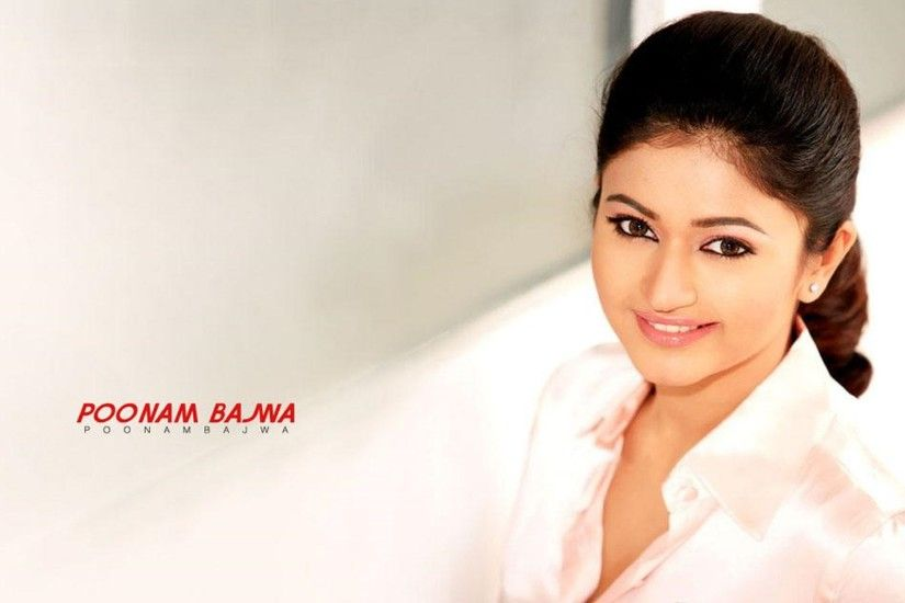 Indian Actress Poonam Bajwa Wallpaper