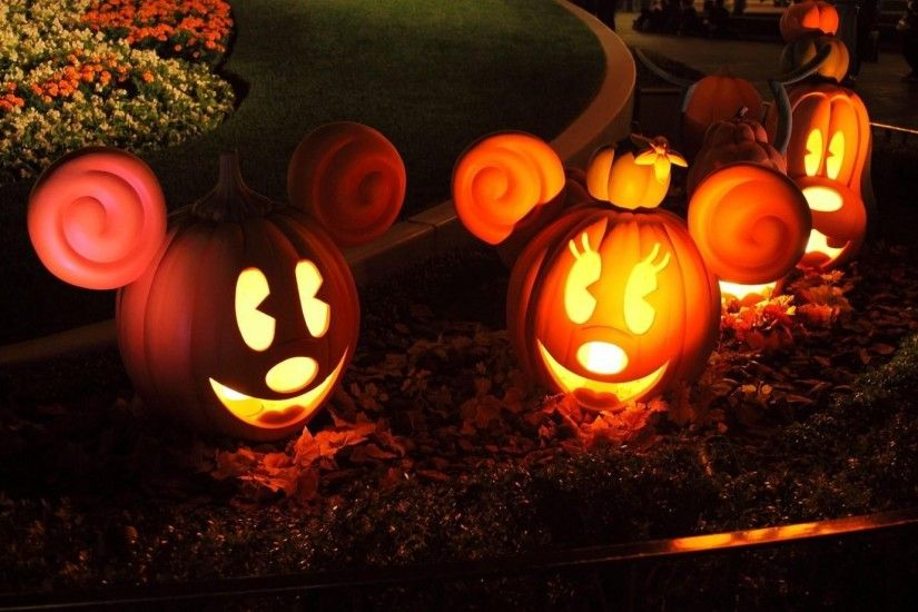 1920x1080 Wallpaper halloween, pumpkins, models, mickey mouse, flowerbed,  light