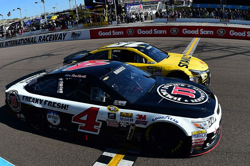 Kevin Harvick, Carl Edwards produce finish for the ages at Phoenix | NASCAR  | Sporting News