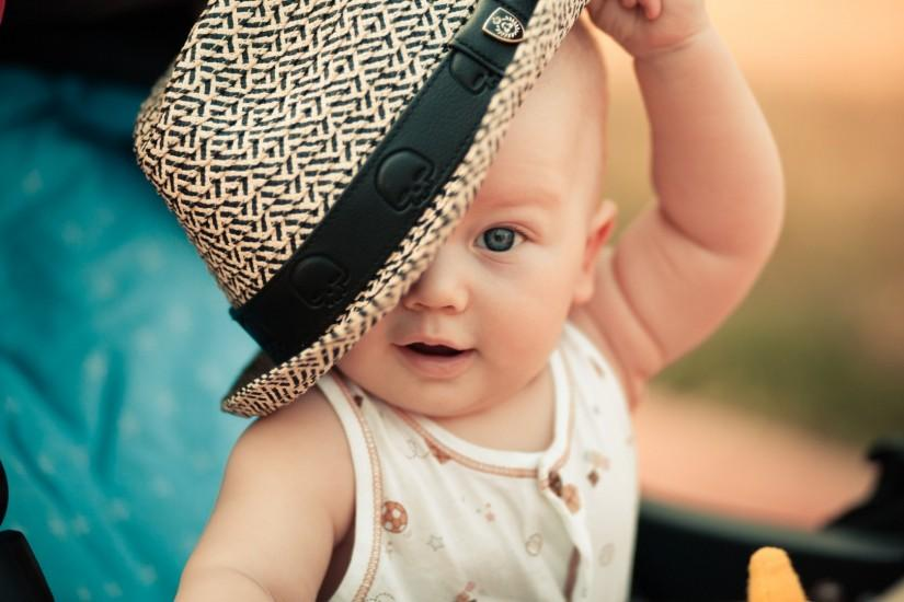 Preview wallpaper baby, child, hat 1920x1080