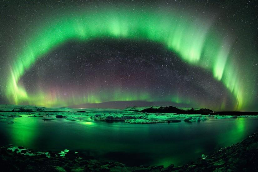widescreen aurora borealis wallpaper 2000x1091 ipad retina