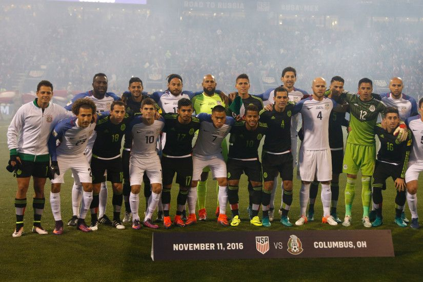 United States and Mexico form 'unity wall' before match after Donald  Trump's presidential victory | The Independent