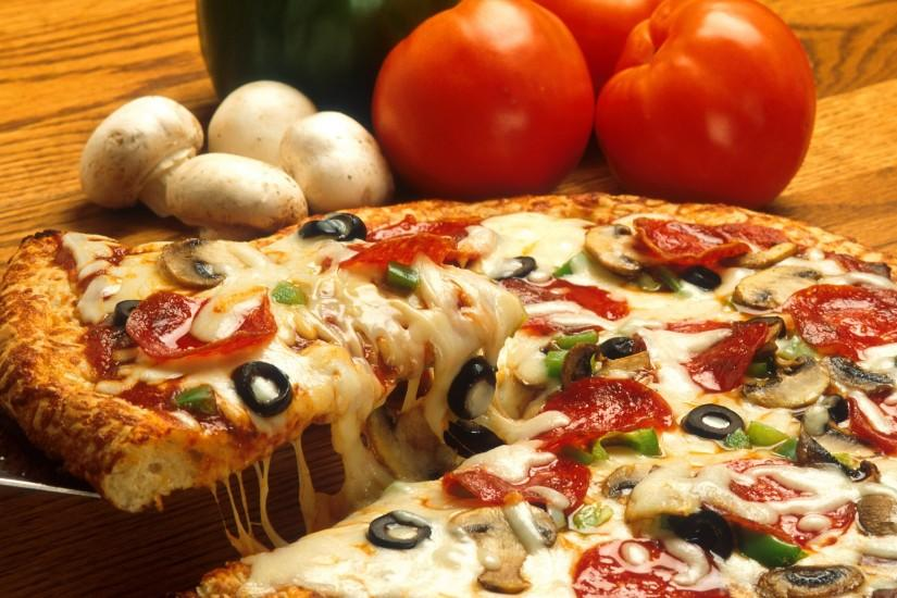 download free pizza wallpaper 2560x1600 windows 7