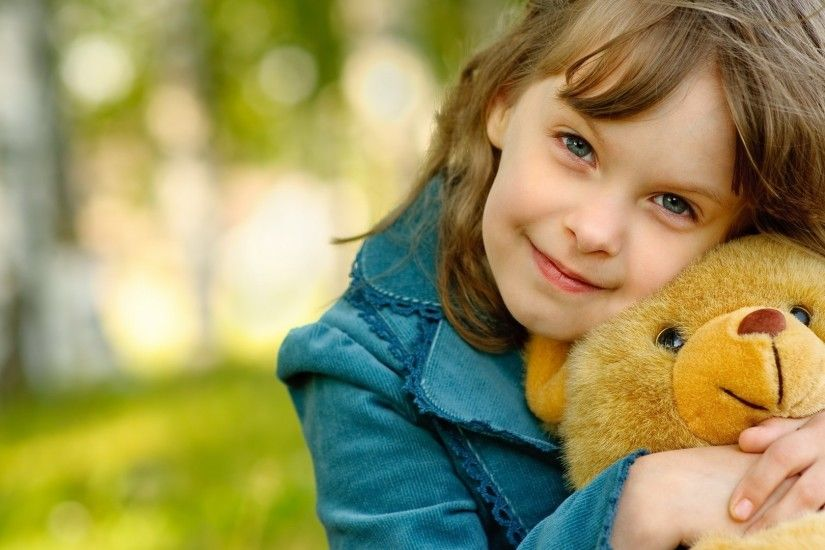 1920x1080 Wallpaper child, girl, toy, smile