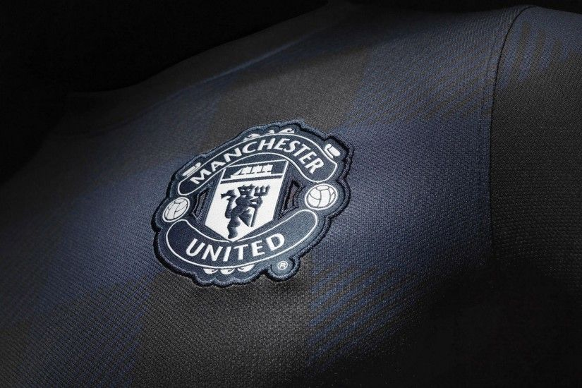 Manchester United Black Wallpapers High Definition : Sports .