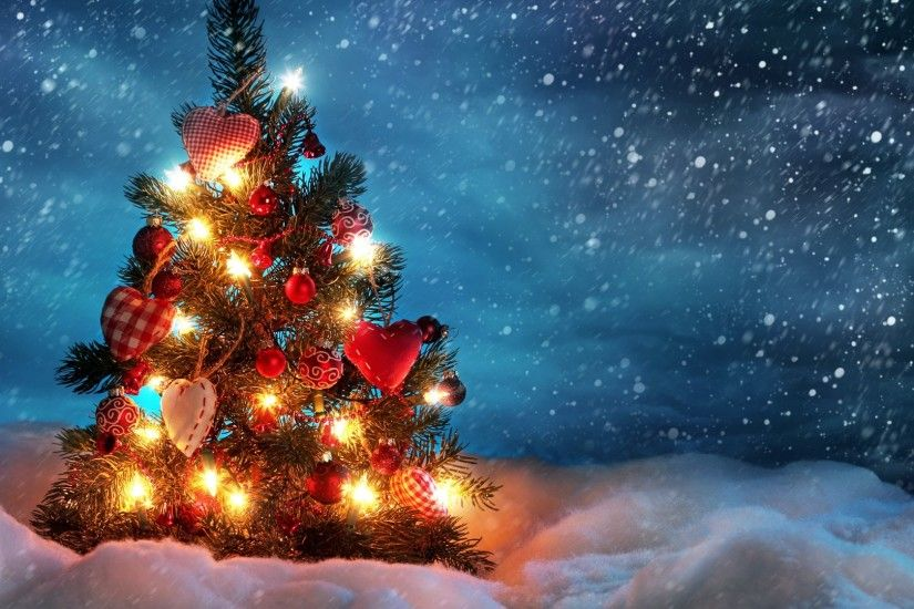 Get the latest christmas tree, snow, winter news, pictures and videos and  learn all about christmas tree, snow, winter from wallpapers4u.org, your  wallpaper ...