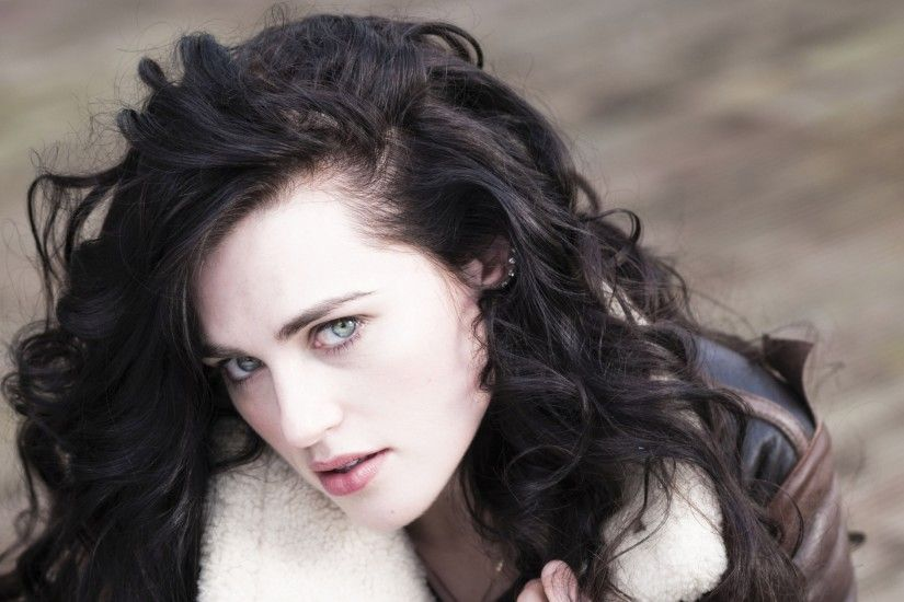 All posts tagged Katie McGrath Wallpapers