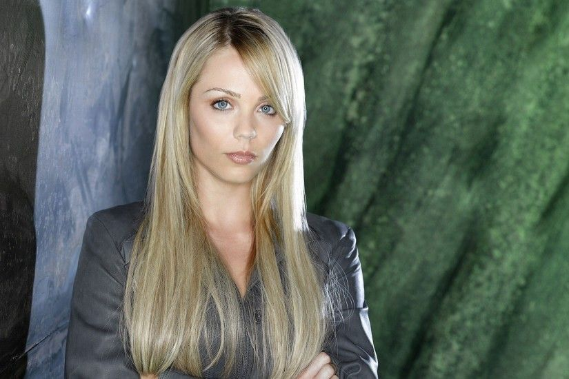 Laura Vandervoort HD wallpapers #18 - 1920x1200.