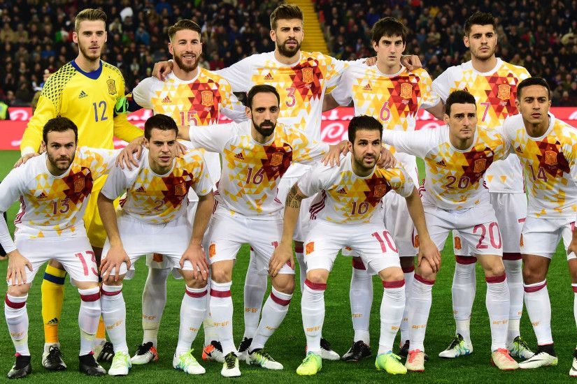 Spain Football Team 2016 Second Jersey Wallpaper