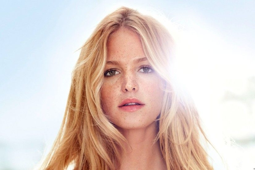Celebrity - Erin Heatherton Wallpaper