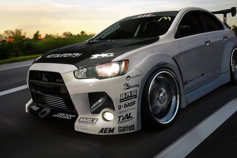 Mitsubishi Lancer Evolution on the road wallpaper