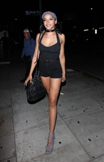 tinashe-at-nice-guy-in-west-hollywood-08