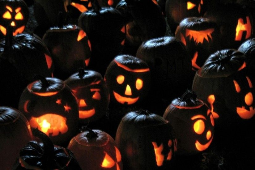 1920x1080 Wallpaper halloween, pumpkins, jacks lanterns, attribute,  candles, congestion