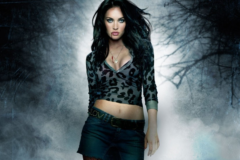 Megan Fox HD Wallpaper with High Resolution 1920x1200 px