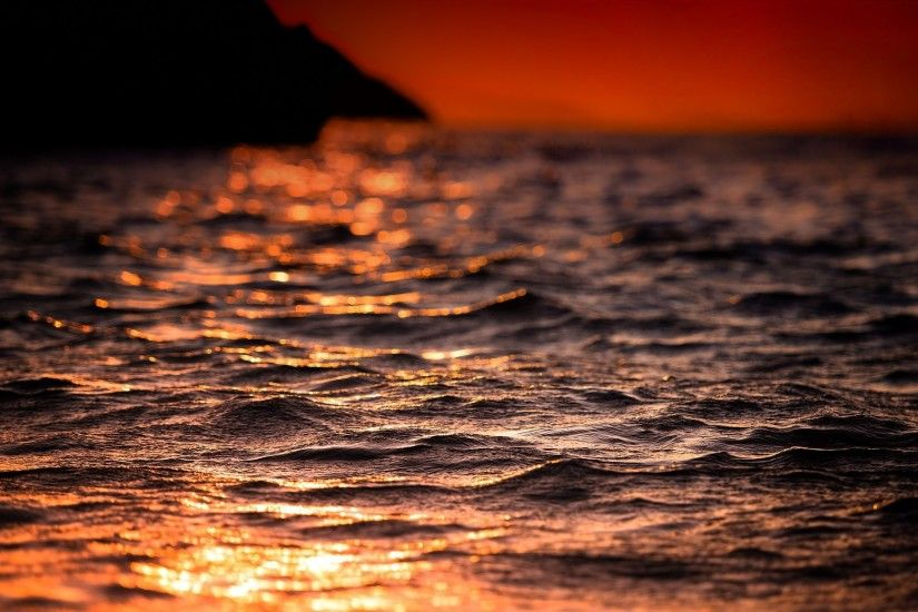 summer night light sun heat sea waves shine plays bokeh