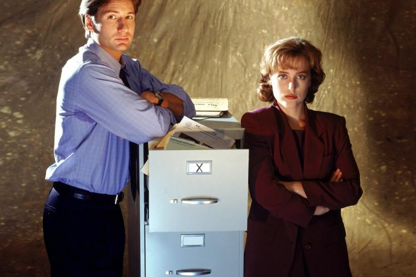 With much of the key cast already locked in to return for The X-Files, Fox  is now cutting deals to bring back some of the behind-the-scenes talent.
