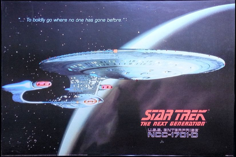Star Trek The Next Generation U.S.S. Enterprise NCC-1701-D Light-Up Poster