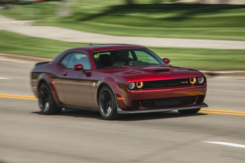 View in gallery 2018 Dodge Challenger SRT Hellcat Widebody (Color: Octane  Red) Front Three-Quarter